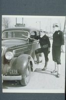 Flood of 1936:  cover nose in gas zone, Van Dyke Avenue, Hartford