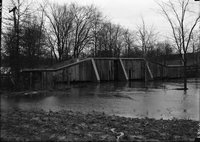 Bridge and floodwater, Hartford, possibly 1924