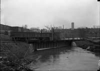 Railroad bridge and river in flood, Hartford, possibly 1924