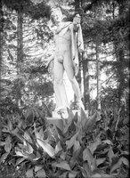 Apollo statue, Colt Park, Hartford (1921)