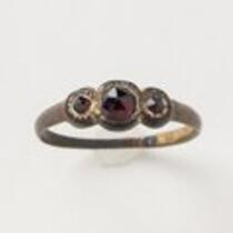 Physical object: Garnet ring belonging to Charles S. Stratton