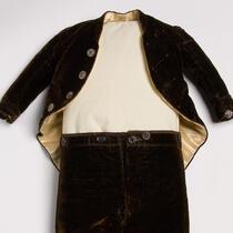 Clothing - The Barnum Museum