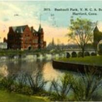 Bushnell Park, Y.M.C.A. building on left, Memorial Arch from Bushnell Park, Hartford, Conn.